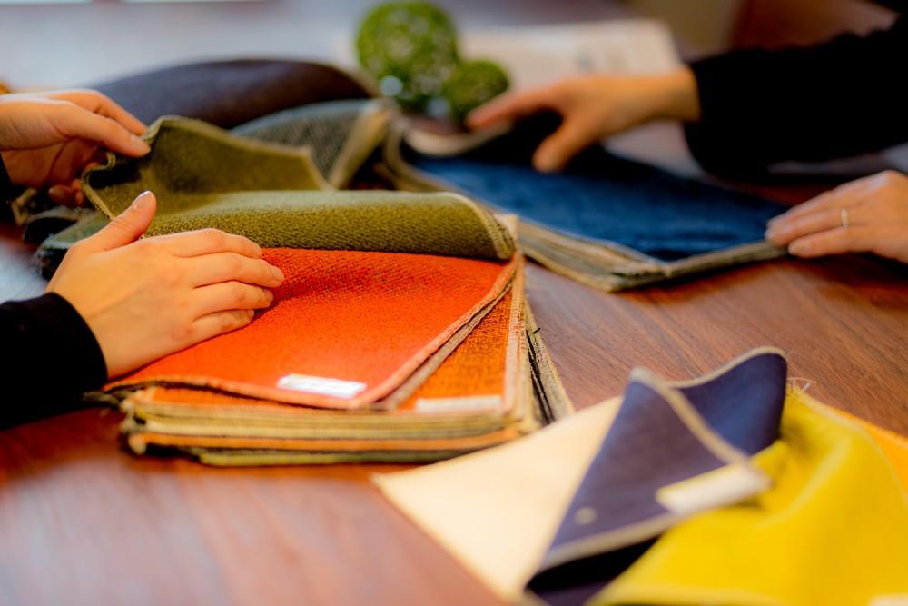 壁紙や床の色、材質など隅々まで