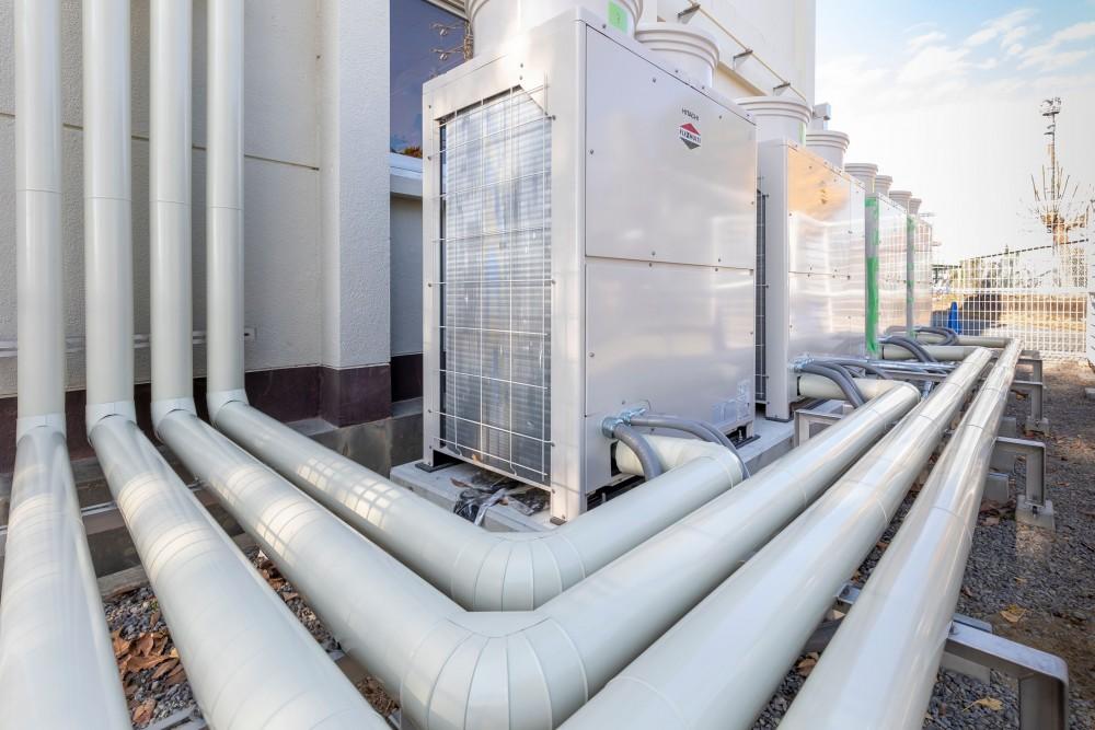 地元では業界内で一目置かれる老舗企業です。特に給排水関係や空調関係などの管工事事業を得意としています。
